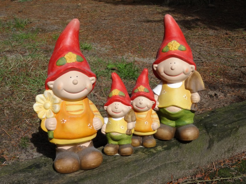 Unsere Mitarbeiter und Helfer des Monats August: Jenny, Jonny, Bonny und Benny  (v.l.n.r.)